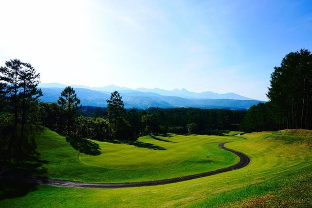 画像: 夏は、涼しい高原ゴルフも魅力的