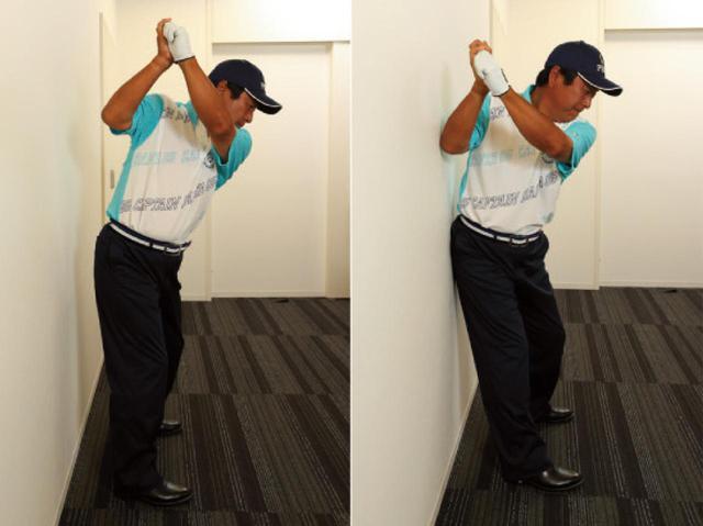 画像: (左)腰が壁に当たらない→股関節に乗れている、(右)腰が壁に当たる→腰が引けている