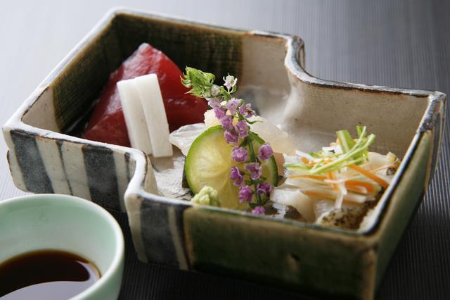 画像: 旬の食材をふんだんに使った会席料理