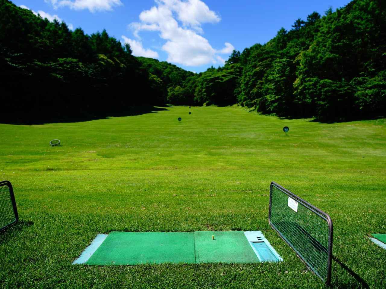 画像: 飛ばし屋も安心の300ヤード。本球なので距離感も身につく「和美ゴルフ練習場」