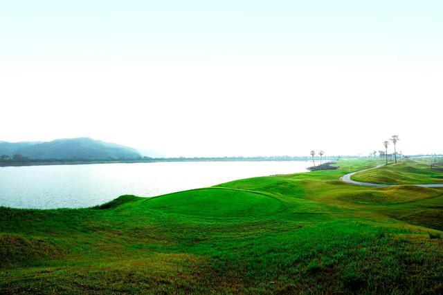 画像3: 日本初の本格的リンクスコース「JFE瀬戸内海ゴルフ倶楽部」