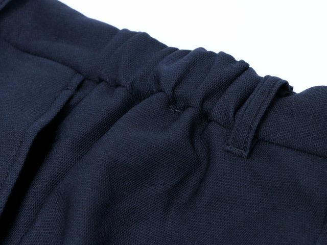 画像: パンツの両サイドにはゴムを使用。フィット感がよく、着心地も抜群