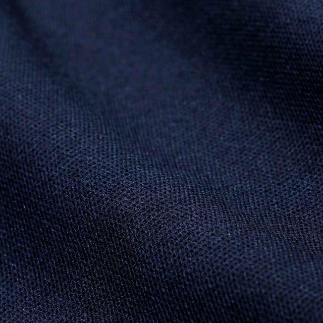 画像: 縦糸の数は1920本。1本1本を手作業で通すことでこの質感が生まれます