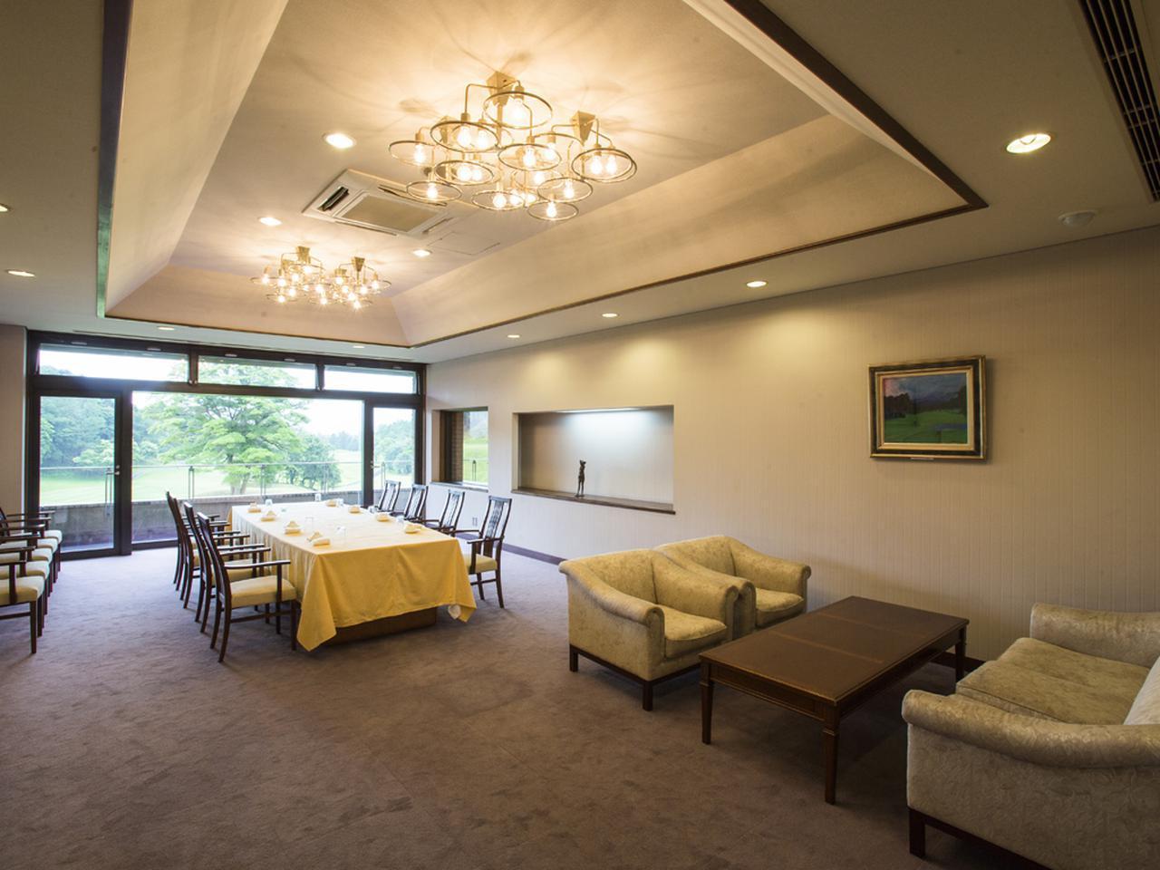 画像: 6室あるコンペルームはバリエーションがある。200名収容