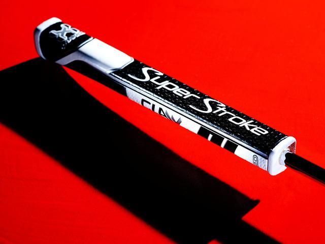 画像: 「最高のやさしさ」のポイント④ グリップにはスーパーストロークを採用