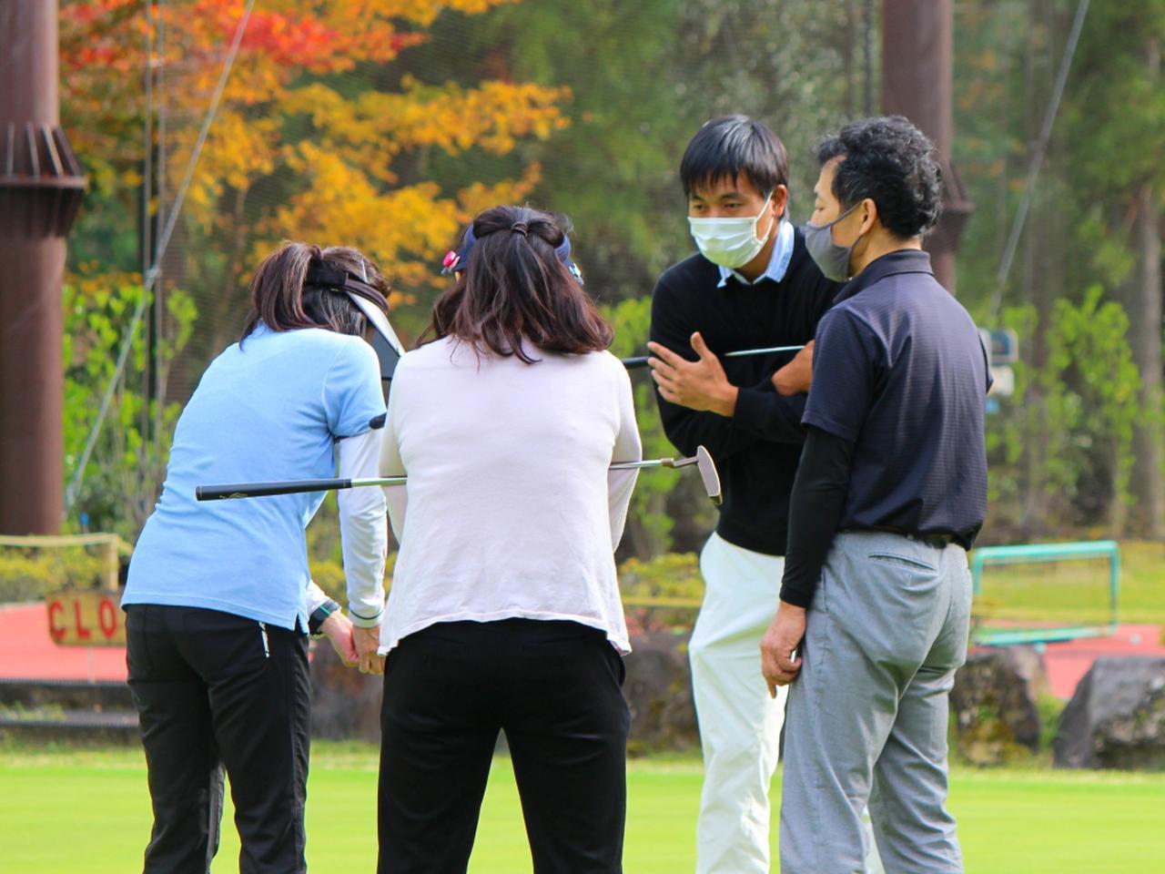 画像: この日のレッスン担当は金子さん。和気あいあいとしながらも、レッスンは的確