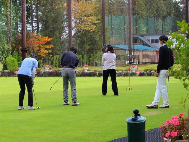 画像: ゴルフ場でラウンド後にレッスンが受けられる? 富士平原ゴルフクラブ(静岡県御殿場市)の新しい試み。プロが教える50分のレッスンがなんと1100円! - ゴルフへ行こうWEB by ゴルフダイジェスト