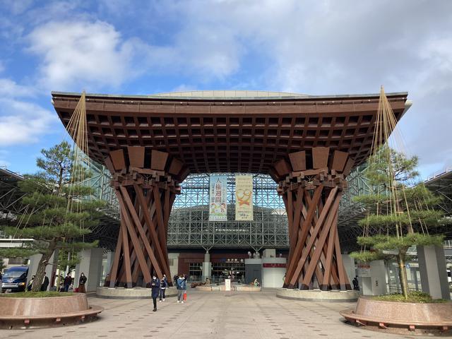 画像: 金沢駅から車で20分で本格的なリンクスコースがある