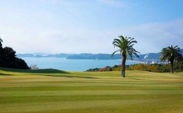 画像: 瀬戸内海が一望できる「東児が丘マリンヒルズゴルフクラブ」