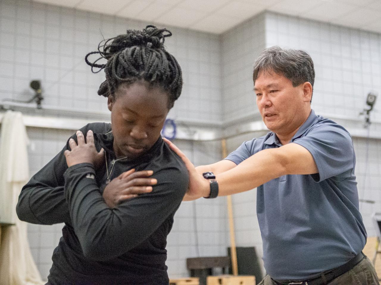 画像3: 【通勤GD】Dr.クォンの反力打法 Vol.61 らくらく矯正! 左足1本スウィング ゴルフダイジェストWEB