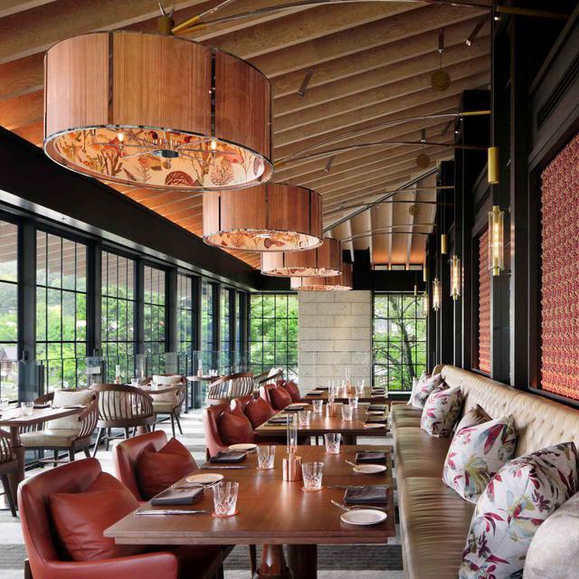 画像: ウェスタンレストラン「レークハウス」