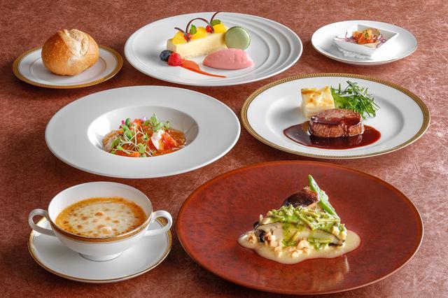 画像: 海の幸のフランス料理「麗~Uruwashi~」 伝統の「鮑ステーキ」を香草バターソースで。伊勢海老クリームスープや黒毛和牛フィレ肉ステーキなど味わい深いコース。
