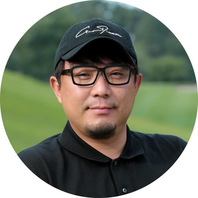 画像: 【吉田一尊プロ】高校卒業後アメリカにゴルフ留学、帰国後JGTOツアープレーヤーとなりチャレンジツアー参戦。2004年ドラコン日本選手権5位、2005年3位、2006年4位。グランディスタ主宰