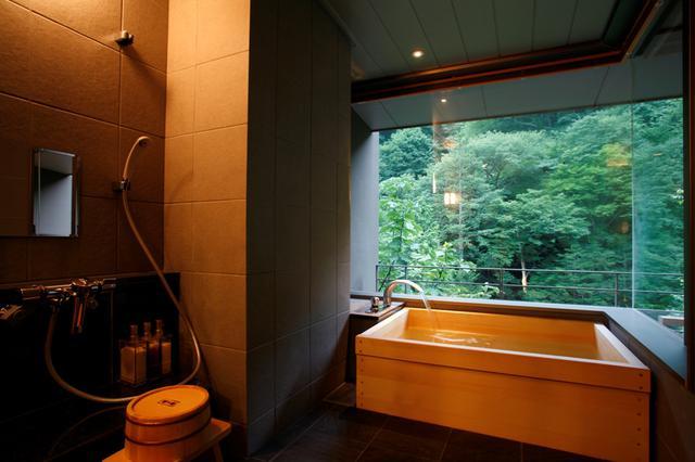 画像: 客室内内風呂