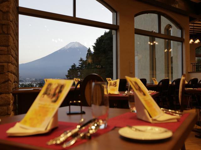 画像: ホテル内レストラン