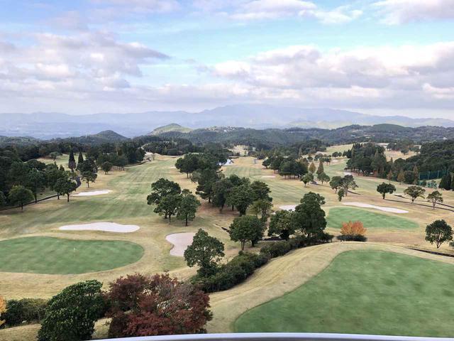 画像: 標高約350mの高台にある、さつまゴルフリゾート。プロトーナメントの開催実績もある丘陵コース。