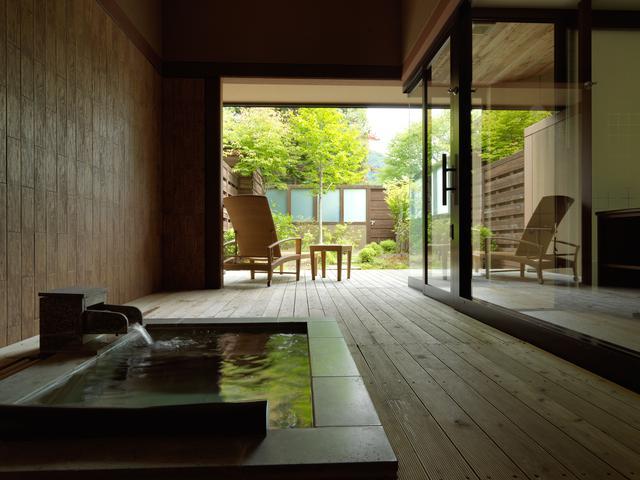 画像: 露天風呂付和洋室