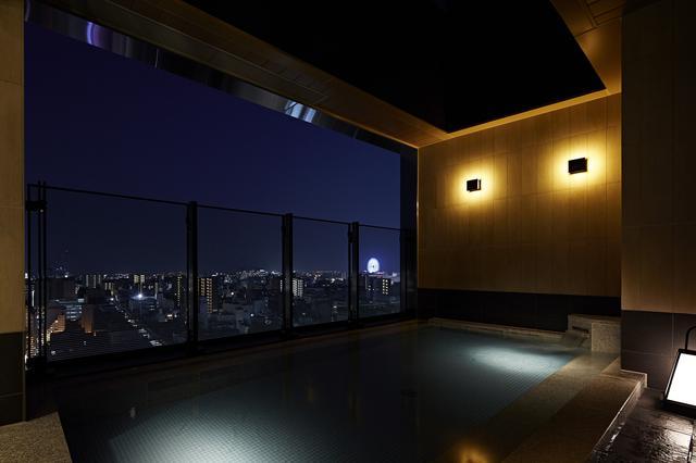 画像: 最上階のスカイスパ