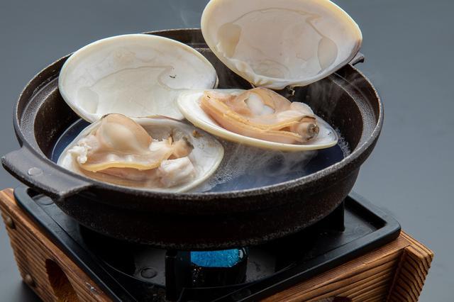 画像: 蛤の酒蒸し