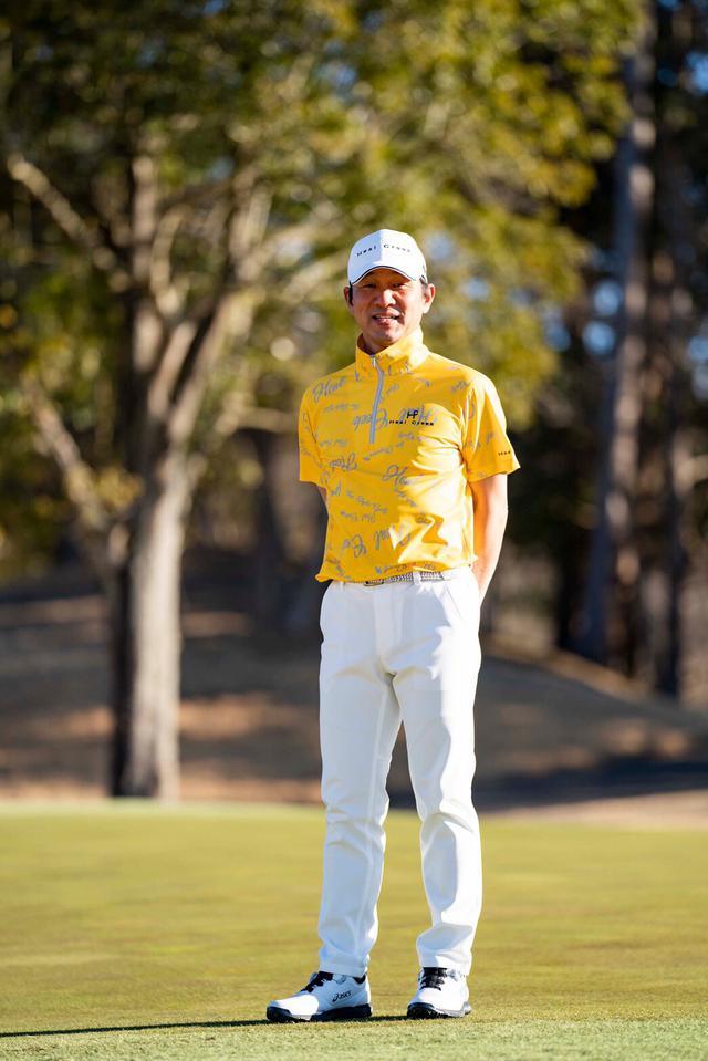 画像: 横田英治プロ 1971年広島生まれ。スウィング研究に余念がない月刊ゴルフダイジェストでもお馴染みのティーチングプロ。