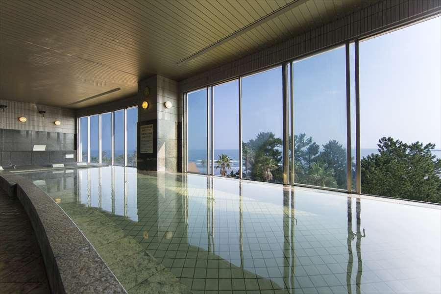 画像: ANAホリデイ・インリゾート宮崎 日向灘を望む解放感あふれる展望温泉