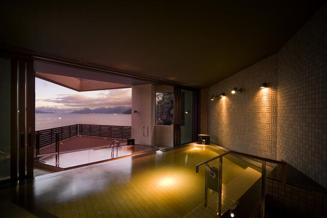 画像: 展望露天風呂 広島温泉「瀬戸の湯」