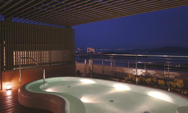 画像: 展望浴場・露天風呂