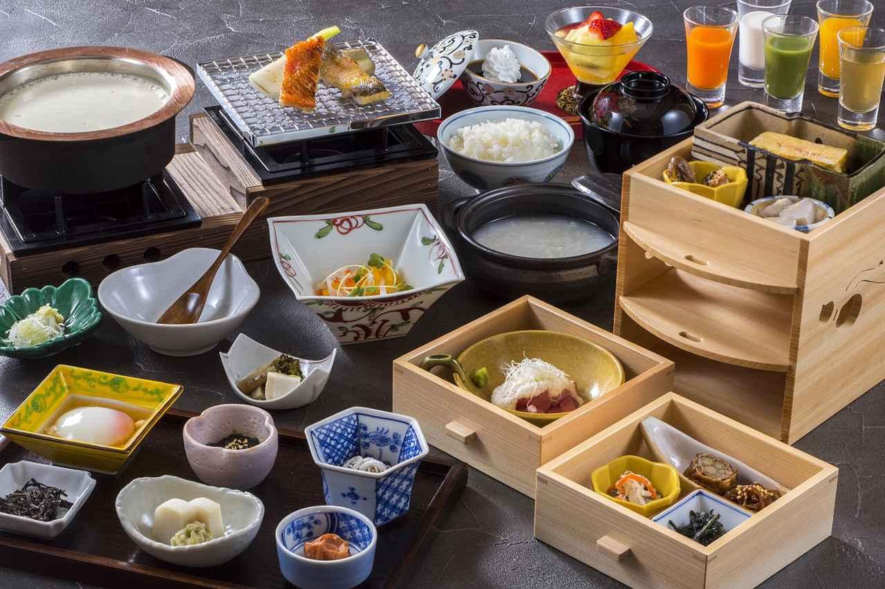 画像: 箱根の旬が味わえるのは朝食もしかり。和食のほかに洋食も選べる。