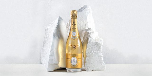 画像1: 「30周年BBQプラン」利用者には、 N.V.ルイ・ロデレール ブリュット・プルミエの シャンパンボトル1本プレゼント