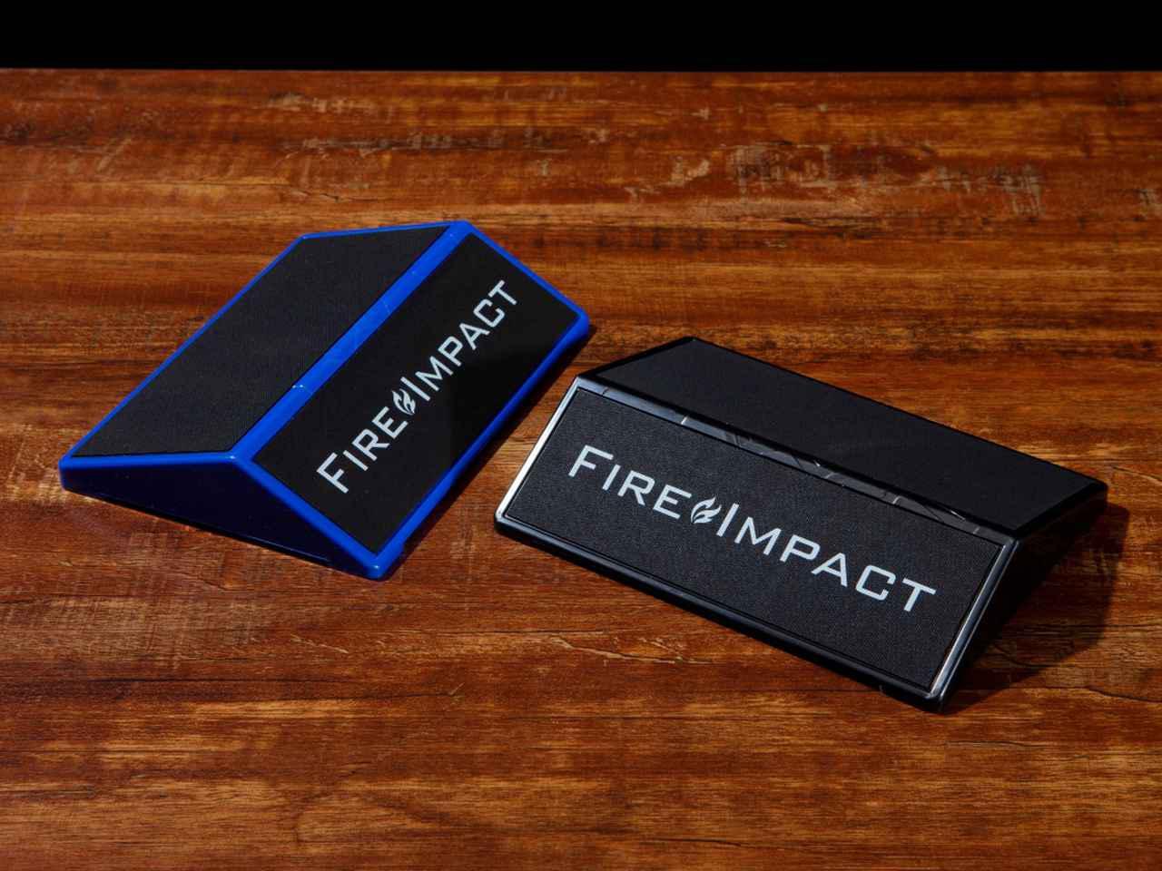 画像: 手軽に理想のスウィングを体感できる「Fire Impact」。定番の練習器具だけに、効果は折り紙つき。
