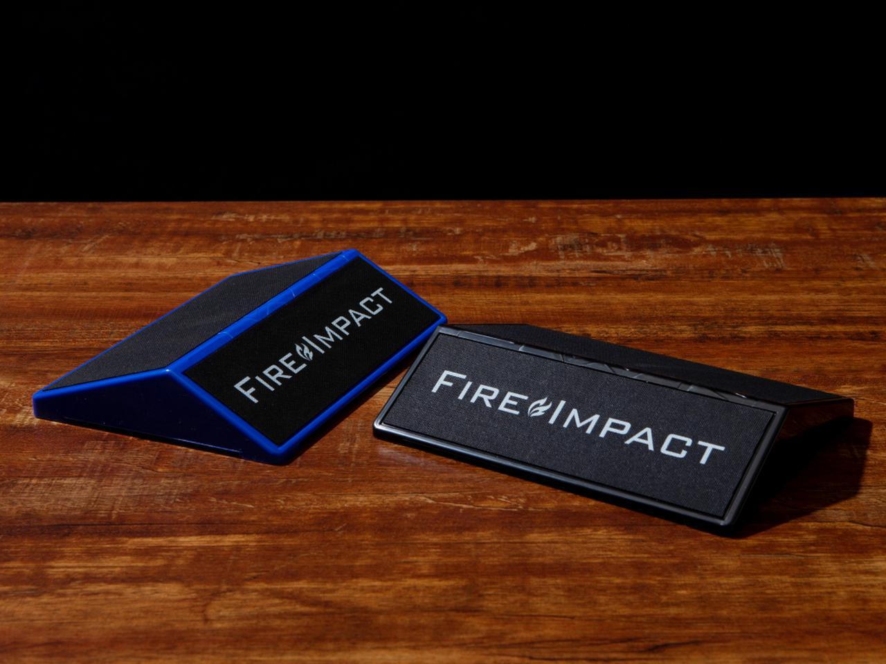 画像: Fire Impactはブルーとブラックの2色