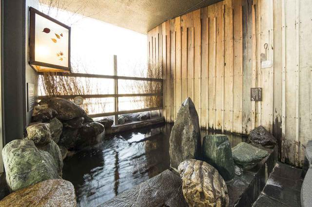 画像: 露天風呂も完備