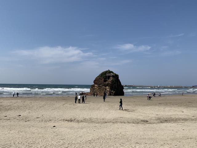 画像: パワースポット「稲佐の浜」八百万の神々をお迎えする