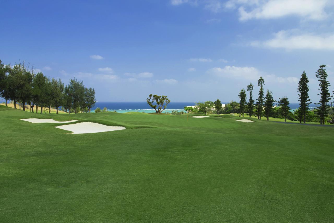 画像1: 【G-12395/沖縄・年末年始】PGMゴルフリゾート沖縄&ジ・アッタテラスゴルフリゾート2プレー!ジ・アッタテラスクラブタワーズで過ごすお正月4日間