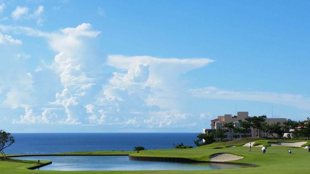 画像2: 【G-12395/沖縄・年末年始】PGMゴルフリゾート沖縄&ジ・アッタテラスゴルフリゾート2プレー!ジ・アッタテラスクラブタワーズで過ごすお正月4日間