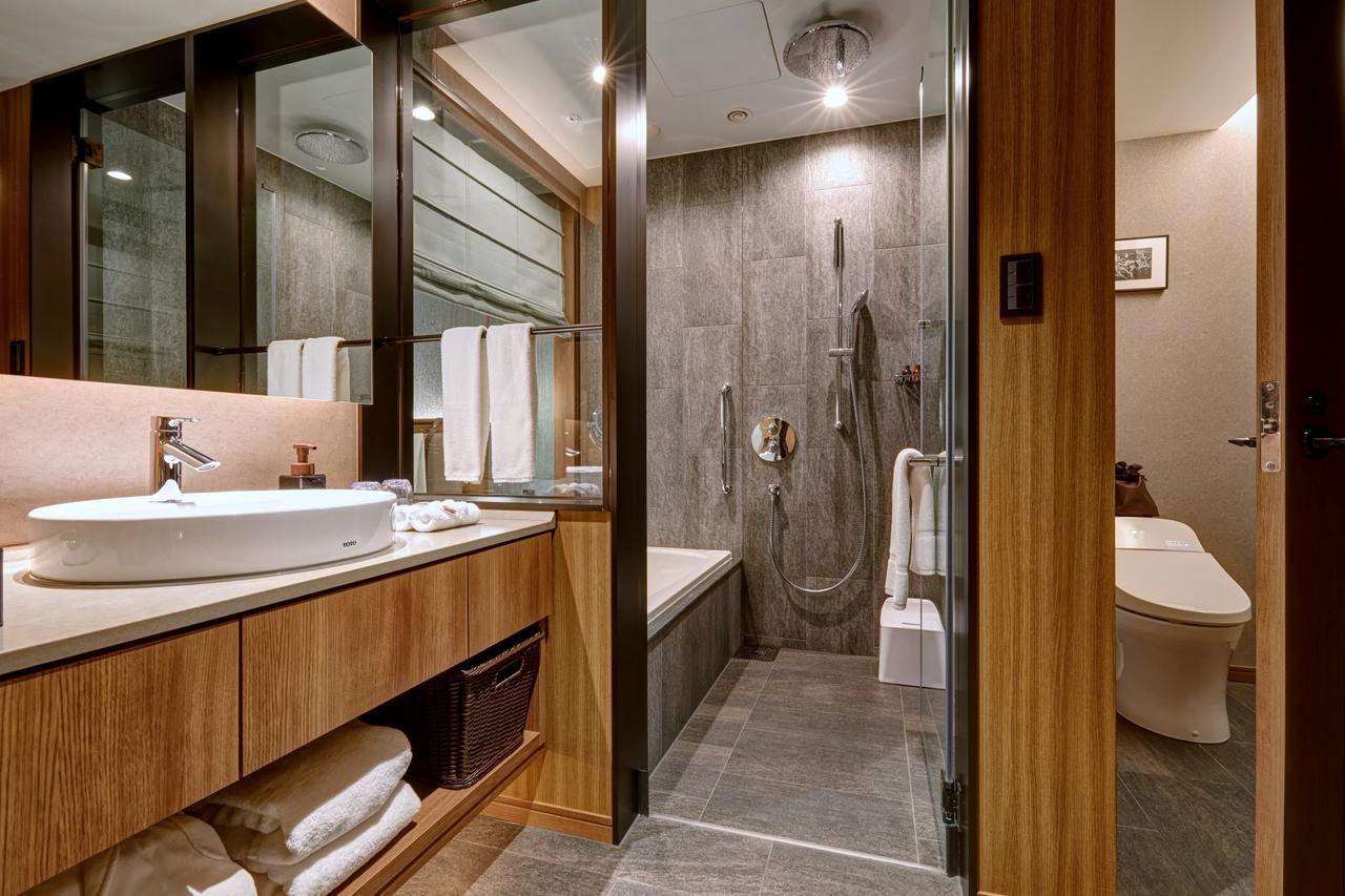 画像: 全室洗い場付のバスルーム