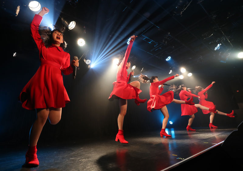 Images : 15番目の画像 - 「九州女子翼/TIF出場も決まって乗りに乗るグループが、初の東京定期公演をAKIBAカルチャーズ劇場で開催! 地元と変わらぬ熱いステージを構築!!」のアルバム - Stereo Sound ONLINE