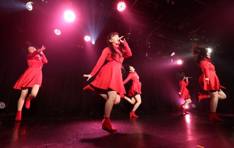 Images : 8番目の画像 - 「九州女子翼/TIF出場も決まって乗りに乗るグループが、初の東京定期公演をAKIBAカルチャーズ劇場で開催! 地元と変わらぬ熱いステージを構築!!」のアルバム - Stereo Sound ONLINE