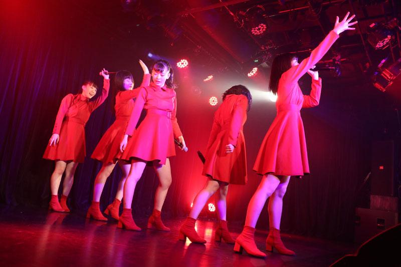Images : 14番目の画像 - 「九州女子翼/TIF出場も決まって乗りに乗るグループが、初の東京定期公演をAKIBAカルチャーズ劇場で開催! 地元と変わらぬ熱いステージを構築!!」のアルバム - Stereo Sound ONLINE
