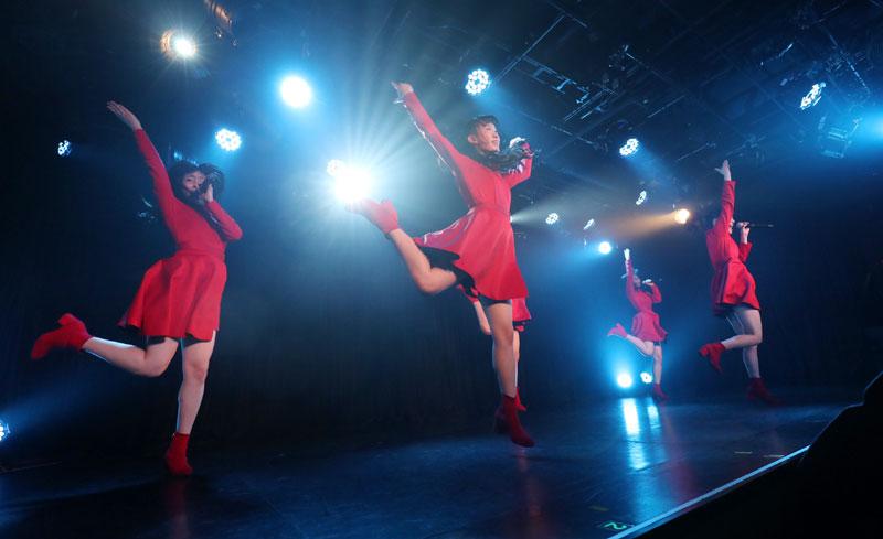 Images : 16番目の画像 - 「九州女子翼/TIF出場も決まって乗りに乗るグループが、初の東京定期公演をAKIBAカルチャーズ劇場で開催! 地元と変わらぬ熱いステージを構築!!」のアルバム - Stereo Sound ONLINE