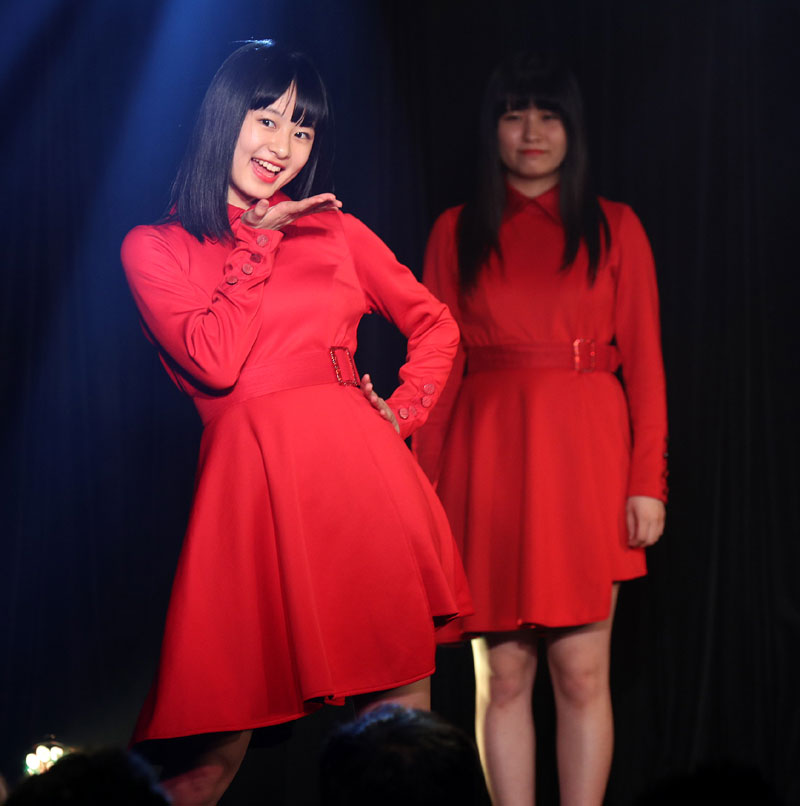 Images : 3番目の画像 - 「九州女子翼/TIF出場も決まって乗りに乗るグループが、初の東京定期公演をAKIBAカルチャーズ劇場で開催! 地元と変わらぬ熱いステージを構築!!」のアルバム - Stereo Sound ONLINE