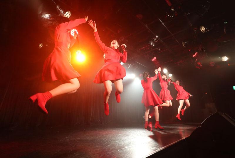 Images : 18番目の画像 - 「九州女子翼/TIF出場も決まって乗りに乗るグループが、初の東京定期公演をAKIBAカルチャーズ劇場で開催! 地元と変わらぬ熱いステージを構築!!」のアルバム - Stereo Sound ONLINE
