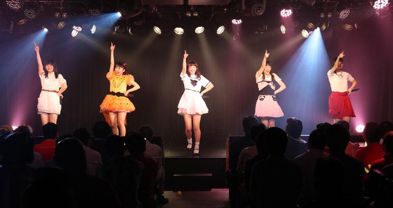 Images : 7番目の画像 - 「九州女子翼/TIF出場も決まって乗りに乗るグループが、初の東京定期公演をAKIBAカルチャーズ劇場で開催! 地元と変わらぬ熱いステージを構築!!」のアルバム - Stereo Sound ONLINE