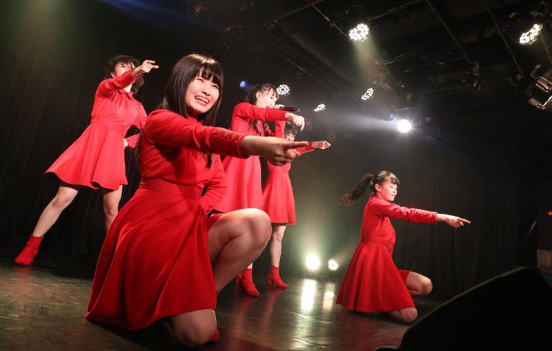 Images : 9番目の画像 - 「九州女子翼/TIF出場も決まって乗りに乗るグループが、初の東京定期公演をAKIBAカルチャーズ劇場で開催! 地元と変わらぬ熱いステージを構築!!」のアルバム - Stereo Sound ONLINE