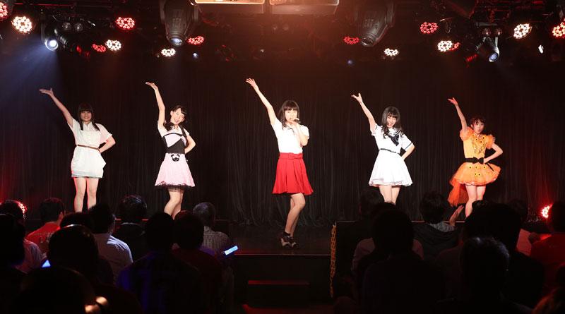 Images : 5番目の画像 - 「九州女子翼/TIF出場も決まって乗りに乗るグループが、初の東京定期公演をAKIBAカルチャーズ劇場で開催! 地元と変わらぬ熱いステージを構築!!」のアルバム - Stereo Sound ONLINE