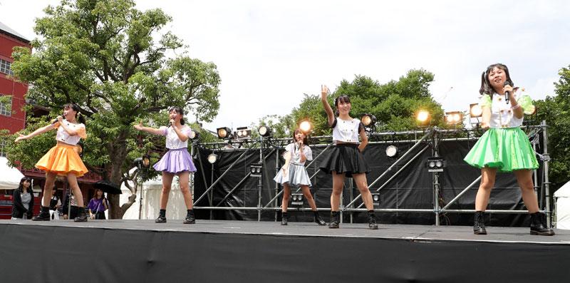 Images : 16番目の画像 - 「ぴよdela/灼熱のアイドル横丁に初参戦。dela直系の熱く、元気で、フレッシュなステージを創り上げた」のアルバム - Stereo Sound ONLINE