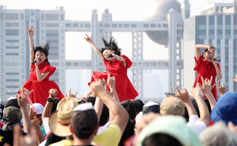 Images : 16番目の画像 - 「九州女子翼/念願のTIF2018出場を決め、天空に一番近いスカイステージで、抜群の飛翔を魅せた」のアルバム - Stereo Sound ONLINE