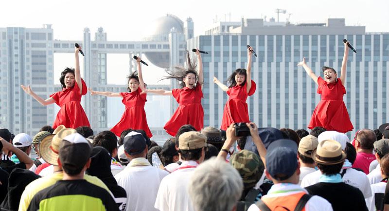 Images : 9番目の画像 - 「九州女子翼/念願のTIF2018出場を決め、天空に一番近いスカイステージで、抜群の飛翔を魅せた」のアルバム - Stereo Sound ONLINE
