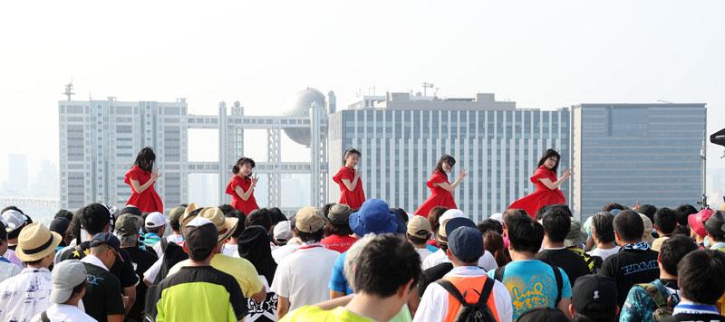 Images : 17番目の画像 - 「九州女子翼/念願のTIF2018出場を決め、天空に一番近いスカイステージで、抜群の飛翔を魅せた」のアルバム - Stereo Sound ONLINE