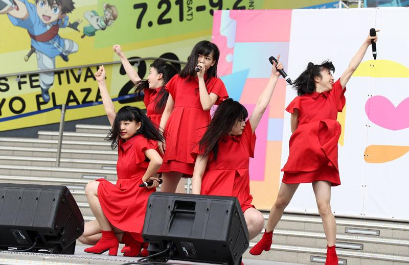 Images : 12番目の画像 - 「九州女子翼/TIF二日目はフェスティバルステージからスタート! 太陽に負けない熱い熱いフレアを放出し、ステージを盛り上げた」のアルバム - Stereo Sound ONLINE